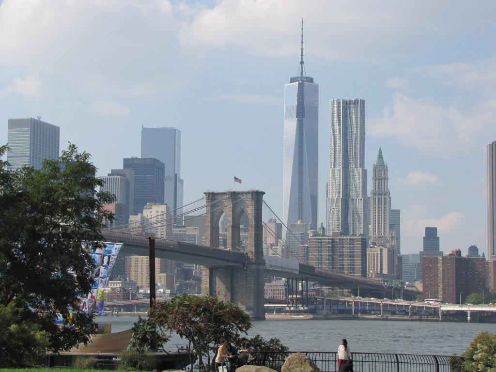 Brooklyn Brg., Freedom Tower, Apartment Bldg., Woolworth Bldg.